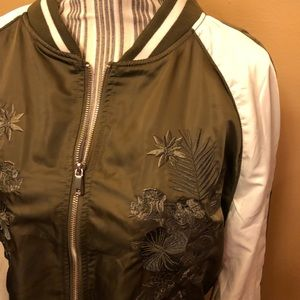 Cotton On sarin olive embroider bomber jacket 10
